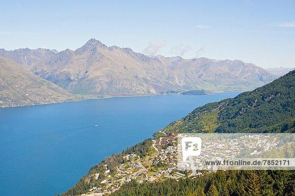 Berg  See  Pazifischer Ozean  Pazifik  Stiller Ozean  Großer Ozean  neuseeländische Südinsel  Neuseeland  Otago  Queenstown