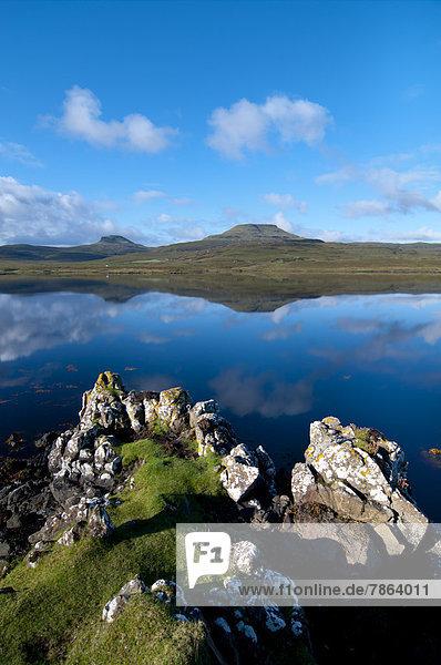 Loch Dunvegan  Isle of Skye  Scotland  Großbritannien
