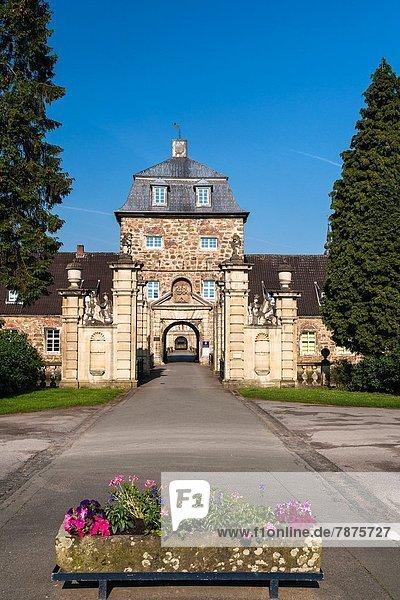 Europa  Palast  Schloß  Schlösser  Sehenswürdigkeit  Deutschland  Nordrhein-Westfalen
