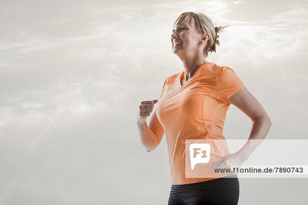 Europäer  Frau  rennen