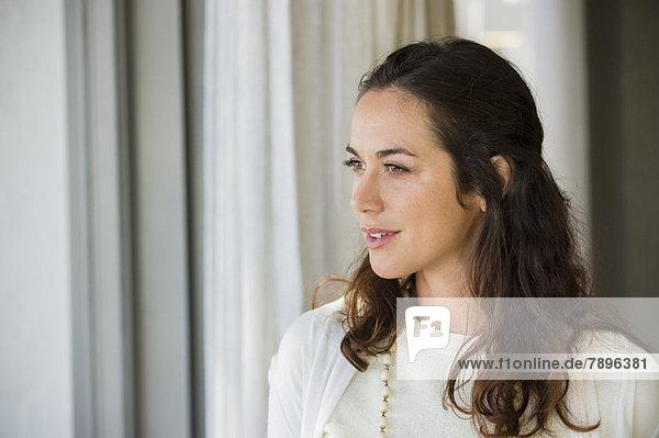 Nahaufnahme einer lächelnden Frau