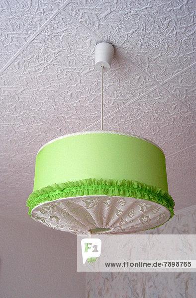 Grüne Deckenlampe aus Stoff Grüne Deckenlampe aus Stoff