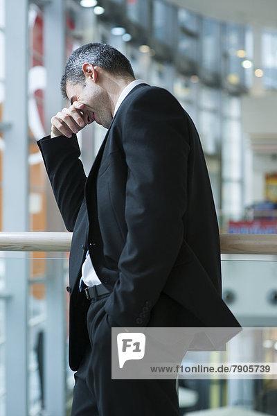 Geschäftsmann  lächeln  bedecken