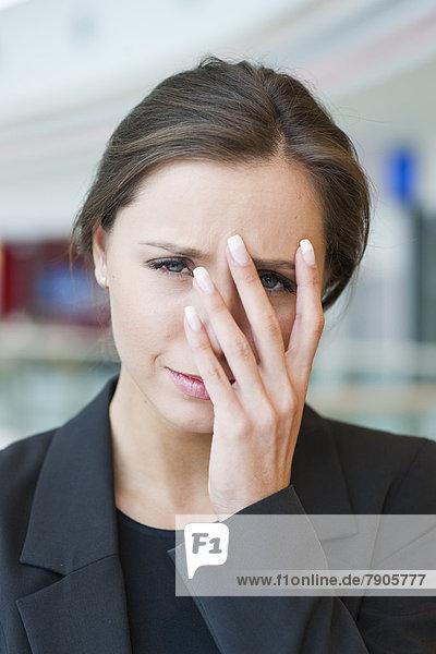 Geschäftsfrau  sehen  Blick in die Kamera  Streß