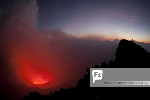 Kochender Lavasee im Nyiragongo-Vulkan
