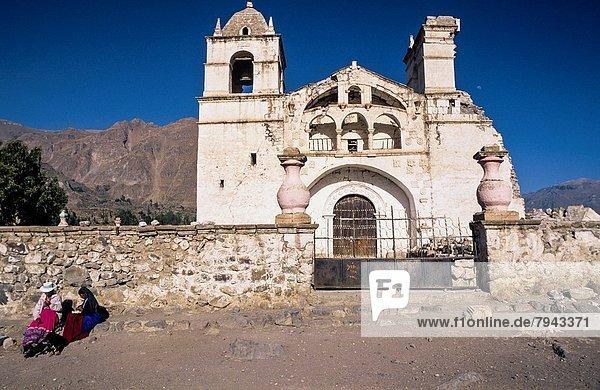 Kirche  Vernichtung  Erdbeben  Peru
