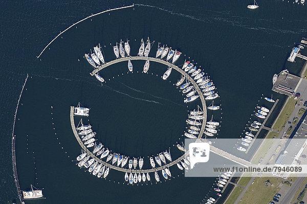 Luftbild  Yachthafen Burgtiefe