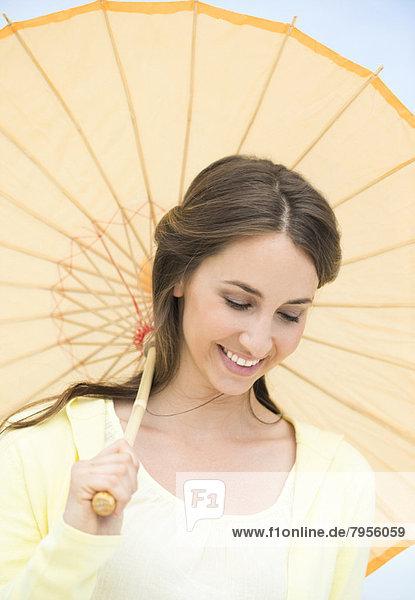 Portrait  Frau  Schönheit  Sonnenschirm  Schirm  jung