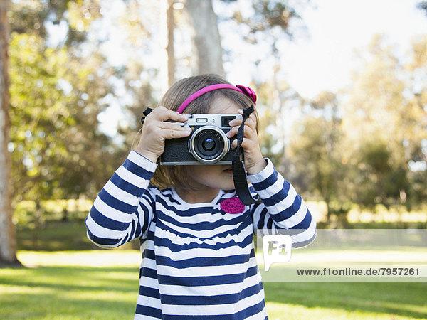 fotografieren  5-6 Jahre  5 bis 6 Jahre  Mädchen