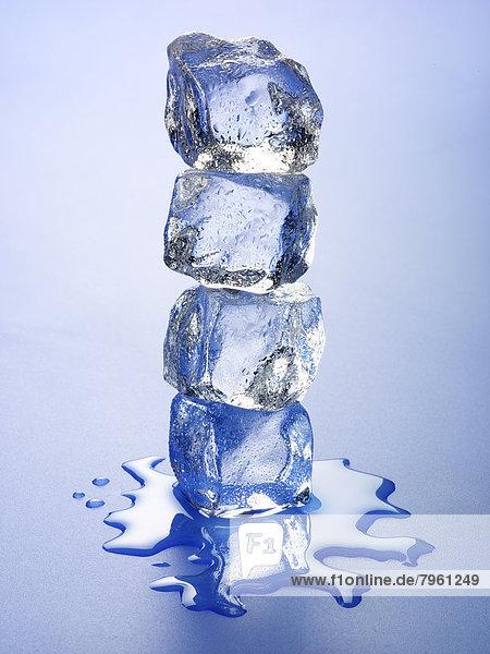 Stapel  Eis  blau  Felssäule
