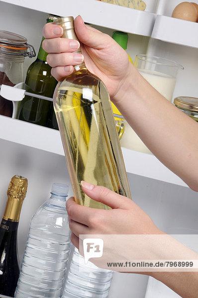 Wein  weiß  Flasche