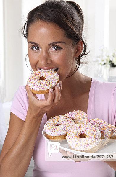 Frau  Donut  essen  essend  isst