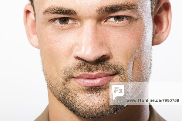 Porträt eines jungen Mannes  Nahaufnahme