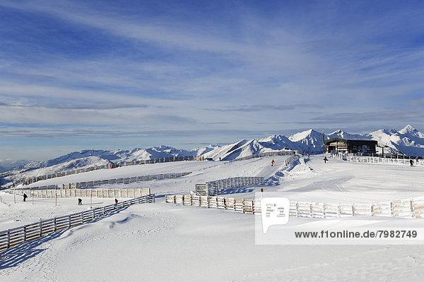 Österreich  Kärnten  Salzburg  Skifahren im Schnee