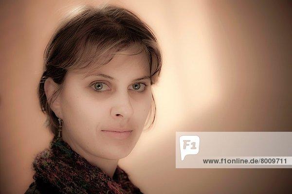 Portrait  Frau  Mittelpunkt  jung