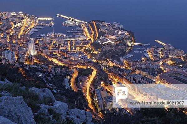 Ausblick vom Tête de Chien auf das Fürstentum Monaco  Abendstimmung