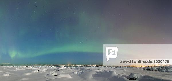 Skyline  Skylines  Winter  Amerika  Nacht  folgen  über  Küste  Großstadt  Ansicht  Verbindung  glänzen  Polarlicht  Alaska  Anchorage