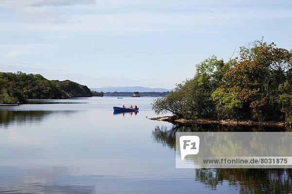 nahe  Wasser  Mensch  Menschen  Ruhe  Kanu  3  Killarney