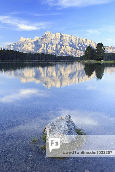 Morgen  Spiegelung  See  2  Berg  Alberta  Banff  Kanada
