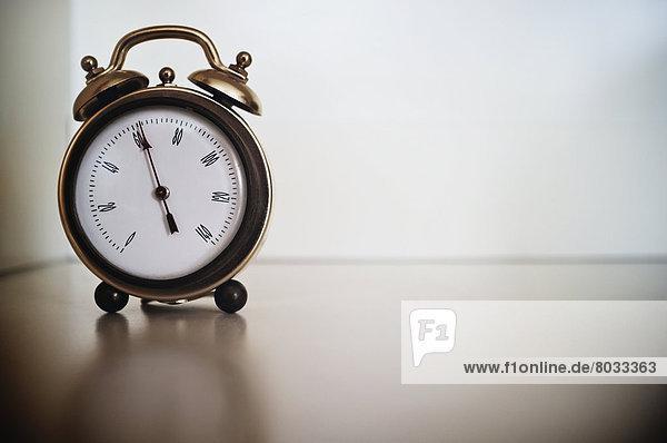 Uhr  Form  Formen  alarmieren  mögen  Barometer  Messing