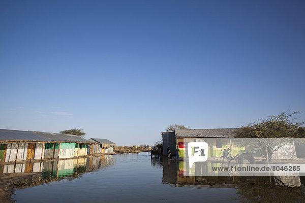 Straße  Dorf  Ansicht  Flut  Kenia