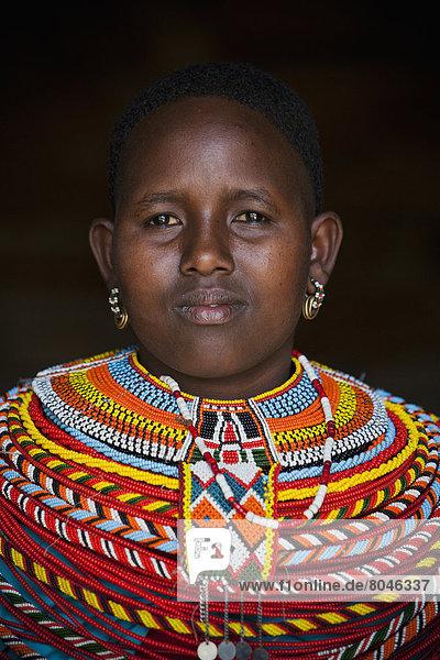 Portrait  Frau  Tradition  jung  Kleid  Kenia