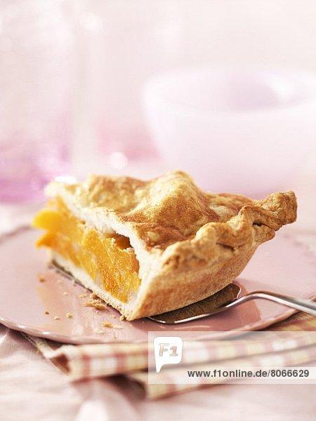 Ein Stück Pfirsichpie