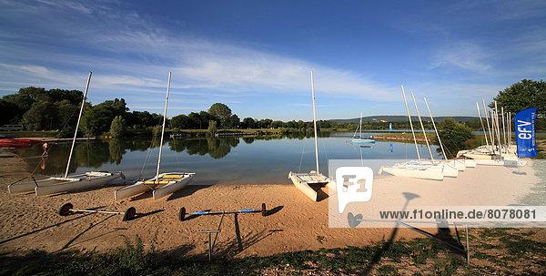 Wasserrand  klein  See  Boot  Entspannung  Sport