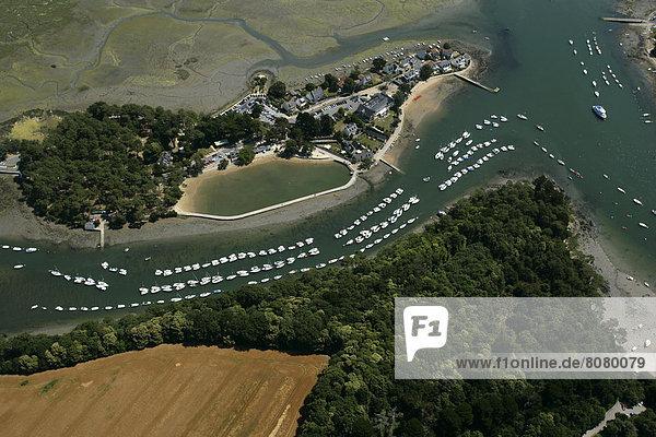 Golfplatz über Boot Insel Ansicht Luftbild Fernsehantenne Morbihan