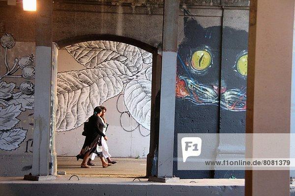 Rom  Hauptstadt  Straße  Brücke  Kunst  Zug  Künstler  11  Ortsteil  Italien  Juni  römisch