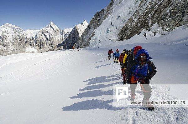 Climbers at Camp 1 on Mount Everest  Solu Khumbu Everest Region  Sagarmatha National Park  UNESCO World Heritage Site  Nepal  Himalayas  Asia