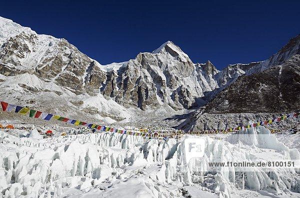nahe  Eis  camping  Himalaya  Mount Everest  Sagarmatha  UNESCO-Welterbe  Berggipfel  Gipfel  Spitze  Spitzen  Asien  Nepal
