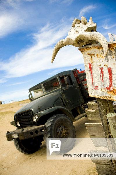 Geländewagen  Totenkopf  Südamerika  Uruguay