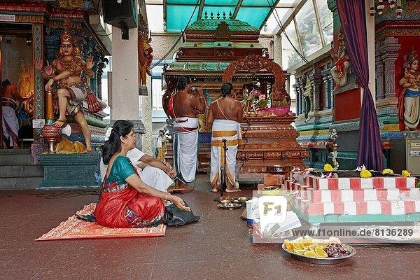 Zeremonie  Ritual  Singapur