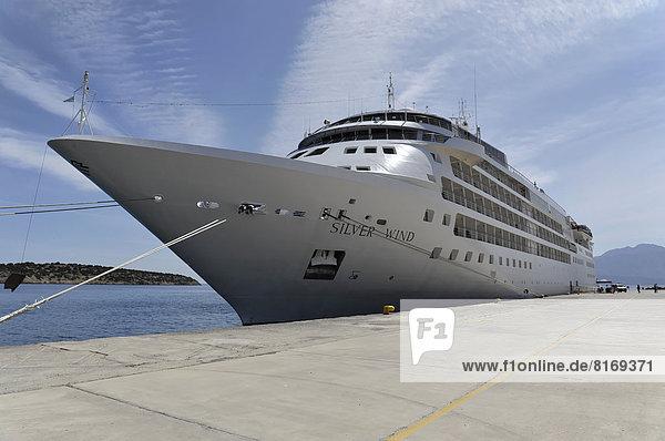 SILVER WIND  Kreuzfahrtschiff  Baujahr 1995  155 75m Länge  296 Passagiere