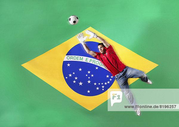 frontal  Fahne  Ball Spielzeug  brasilianisch  Torwart