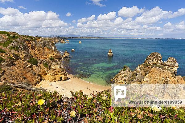 Portugal  Lagos  Blick auf den Strand von Camilo