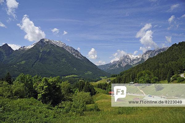 Berg Landschaft links rechts