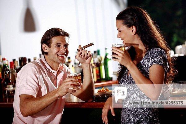 30-40,Alkohol,Ansicht,Anziehung,Aussen
