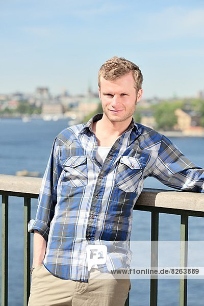 Porträt eines jungen Mannes blond  Schweden.