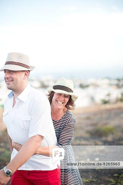 Fröhlichkeit  Urlaub  reifer Erwachsene  reife Erwachsene