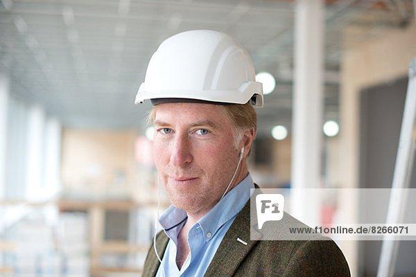 Portrait  lächeln  Gebäude  Architekt