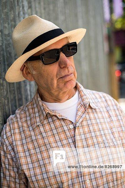 Mann  Hut  Kleidung  Sonnenbrille  Panama