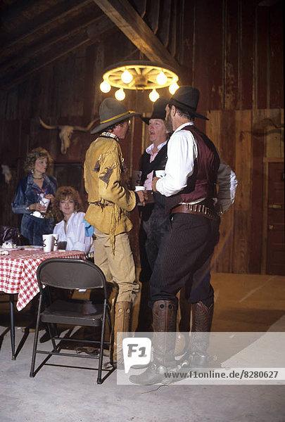 unterhalten  Cowboy  Tisch