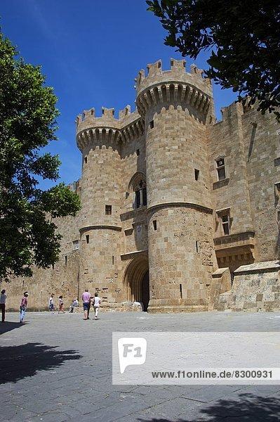 Europa  Ehrfurcht  Festung  Palast  Schloß  Schlösser  Führung  Anleitung führen  führt  führend  UNESCO-Welterbe  Dodekanes  Griechenland  Griechische Inseln  Rhodos  Stadt Rhodos