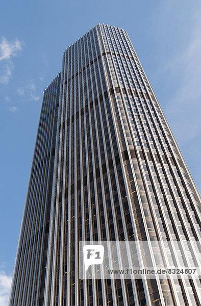 Tower 42  vormals NatWest Tower  von R. Seifert und Partners entworfen  Großbritanniens erster Wolkenkratzer