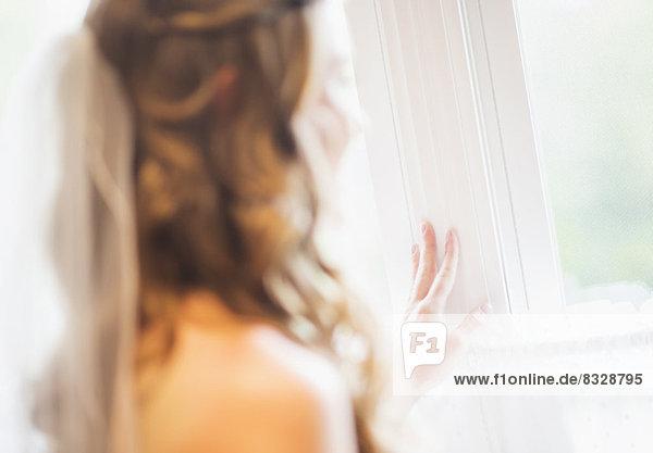 Braut aus Fenster Suchen
