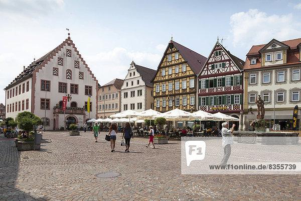 Baden-Württemberg Bad Mergentheim Deutschland links Altes Rathaus