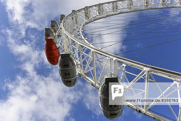 Gondeln  London Eye oder Millennium Wheel  Riesenrad  London  Region London  England  Großbritannien