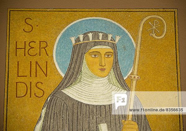 Abbildung der Hildegard von Bingen in der Abtei St. Hildegard  UNESCO-Welterbe Oberes Mittelrheintal  Rüdesheim am Rhein  Hessen  Deutschland